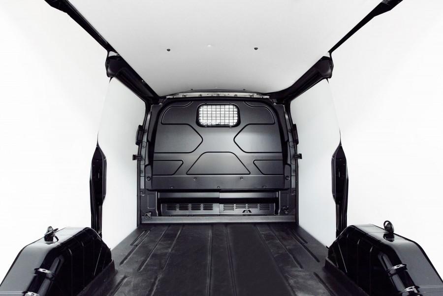 Kattava sarja, joka sisältää työautosi suojaverhoilun