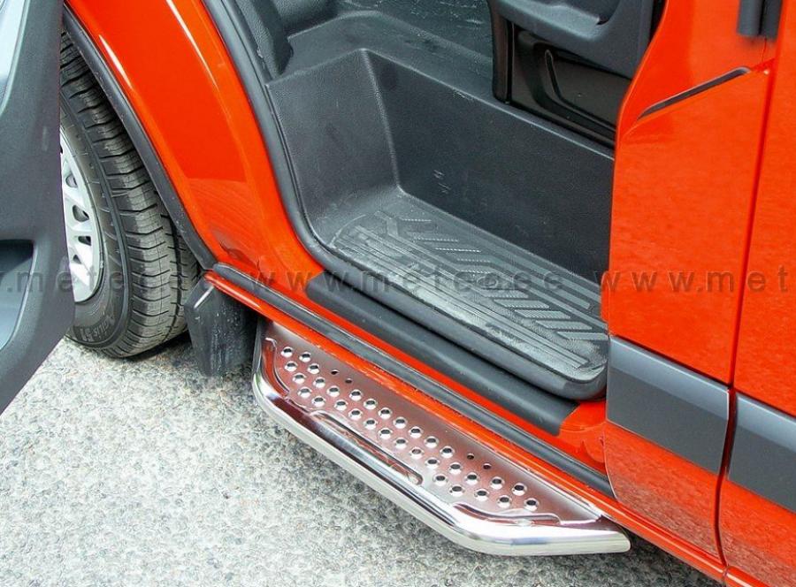 Askelma ruostumaton etuoviin autoihin Ducato, Boxer ja Jumper