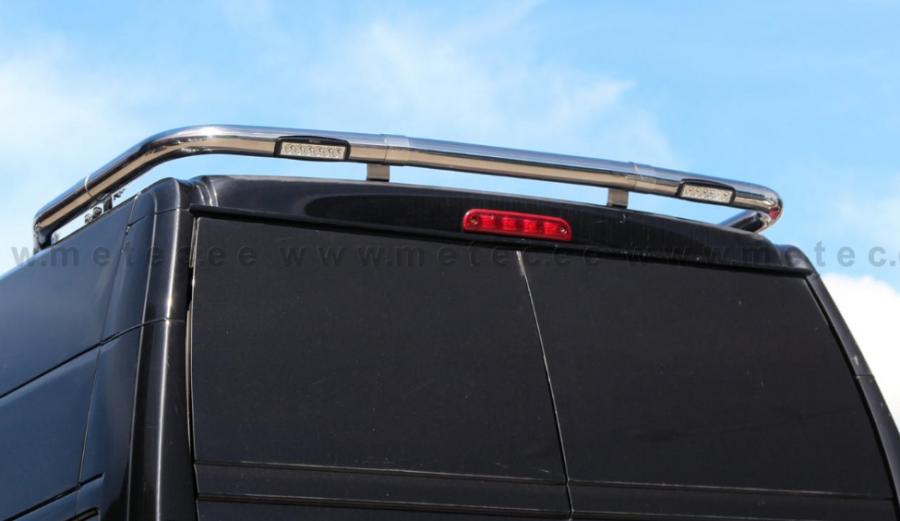Valokaari katolle taakse LED-työvaloilla autoihin Ducato, Boxer & Jumper.